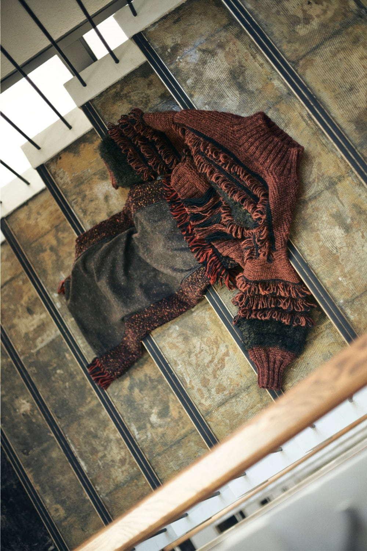 フリンジ ハンド ニット(Fringe Hand knit) フリンジ タイト スカート(Fringe Tight skirt)