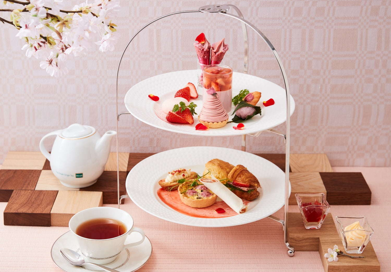 <ホテル日航大阪>「桜と苺のアフタヌーンティーセット」桜と苺を贅沢に使ったモンブランやキッシュ