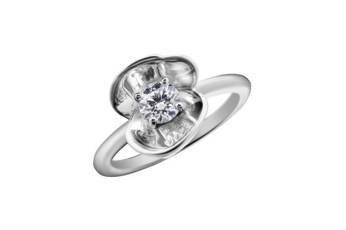 ユーカリ ダイヤモンド 0.25ct〜 332,000円+税〜