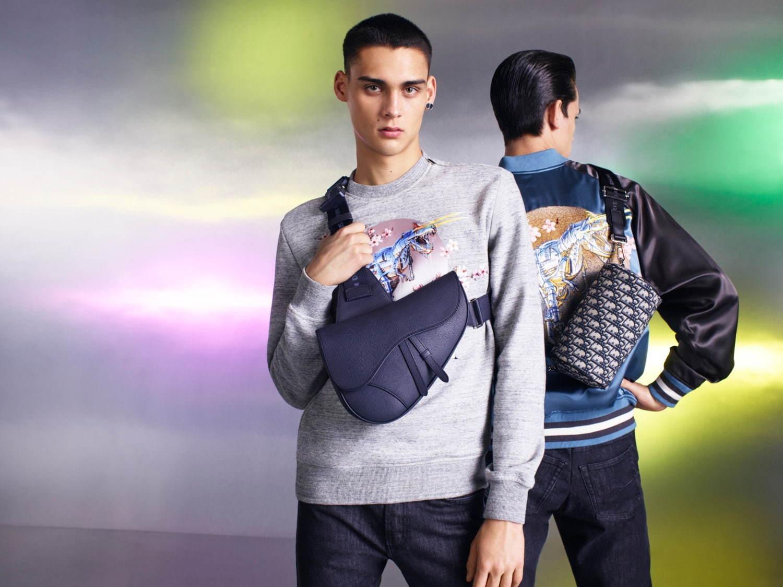 ディオール×空山基、セクシーロボット&ダイナソーロボットを配したバッグやTシャツなど - 写真10