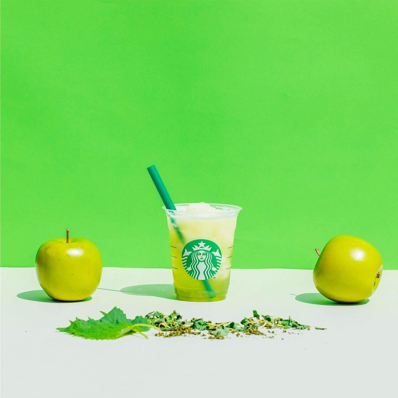 スタバ新作期間限定『ティバーナフローズンティー 香る煎茶 × グリーンアップル』