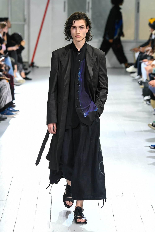 ヨウジヤマモト(Yohji Yamamoto) 2020年春夏メンズコレクション - 写真8