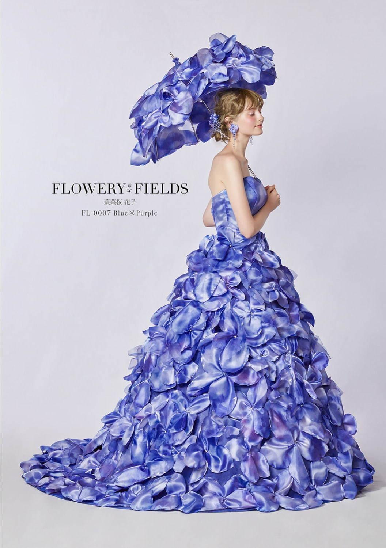 クラウディアから 花を全身にまとう 花言葉ウエディングドレス 八重桜やカスミソウがモチーフ ファッションプレス