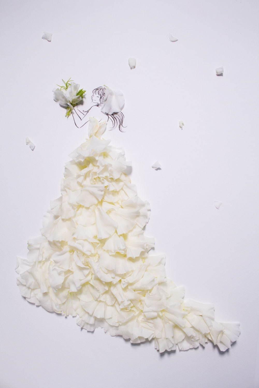 写真5 17 クラウディアから 花を全身にまとう 花言葉ウエディングドレス 八重桜やカスミソウがモチーフ ファッションプレス