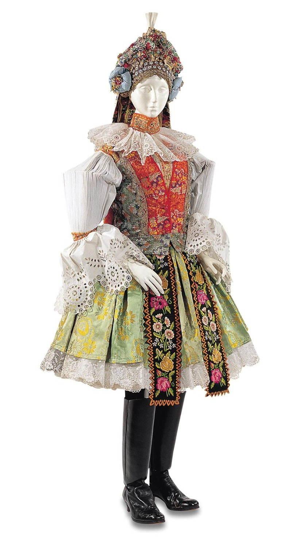 文化学園服飾博物館「ひだ -機能性とエレガンス-」展、プリーツや ...