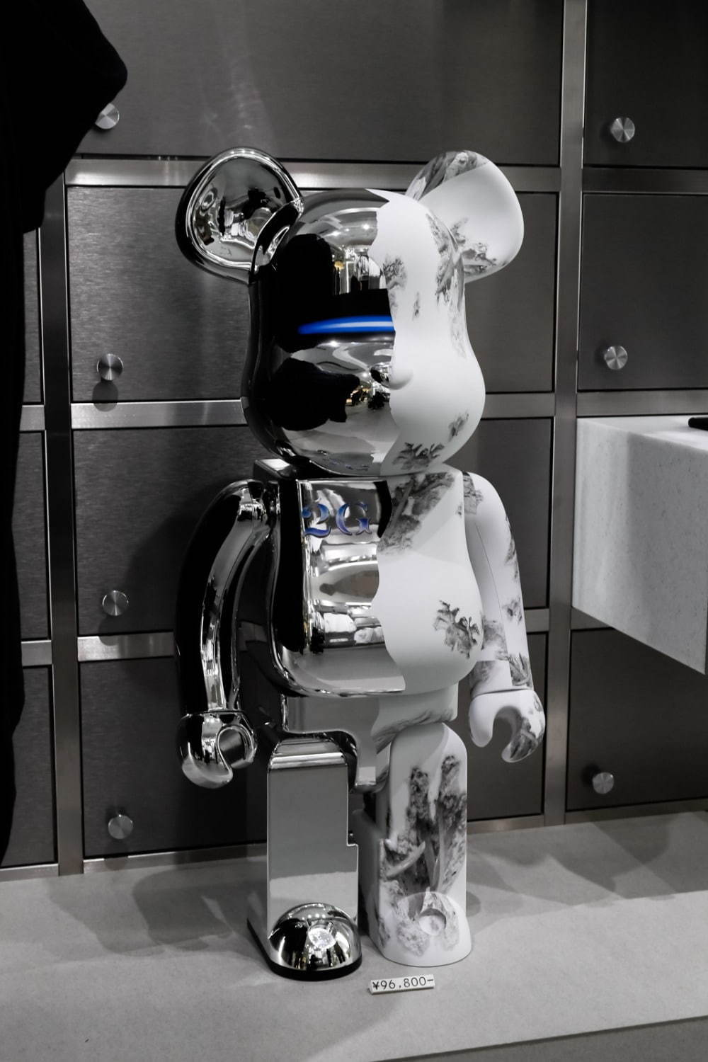 BE@RBRICK SORAYAMA x Daniel Arsham 1000% 88,000円+税