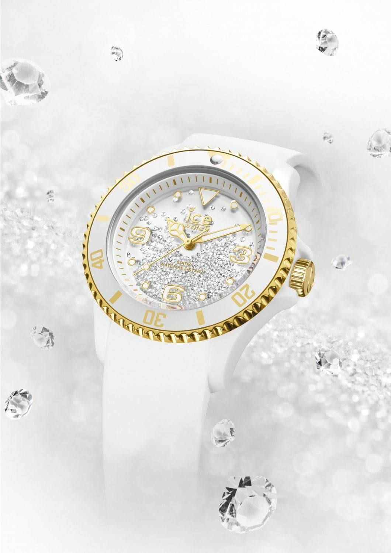 <アイスウォッチ>スワロフスキークリスタル400粒が揺れ動く腕時計