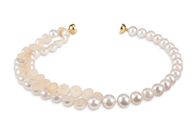 """""""真珠の内部を見たい""""という好奇心から生まれた「スライスド」シリーズより スライスド ネックレス 822,000円"""
