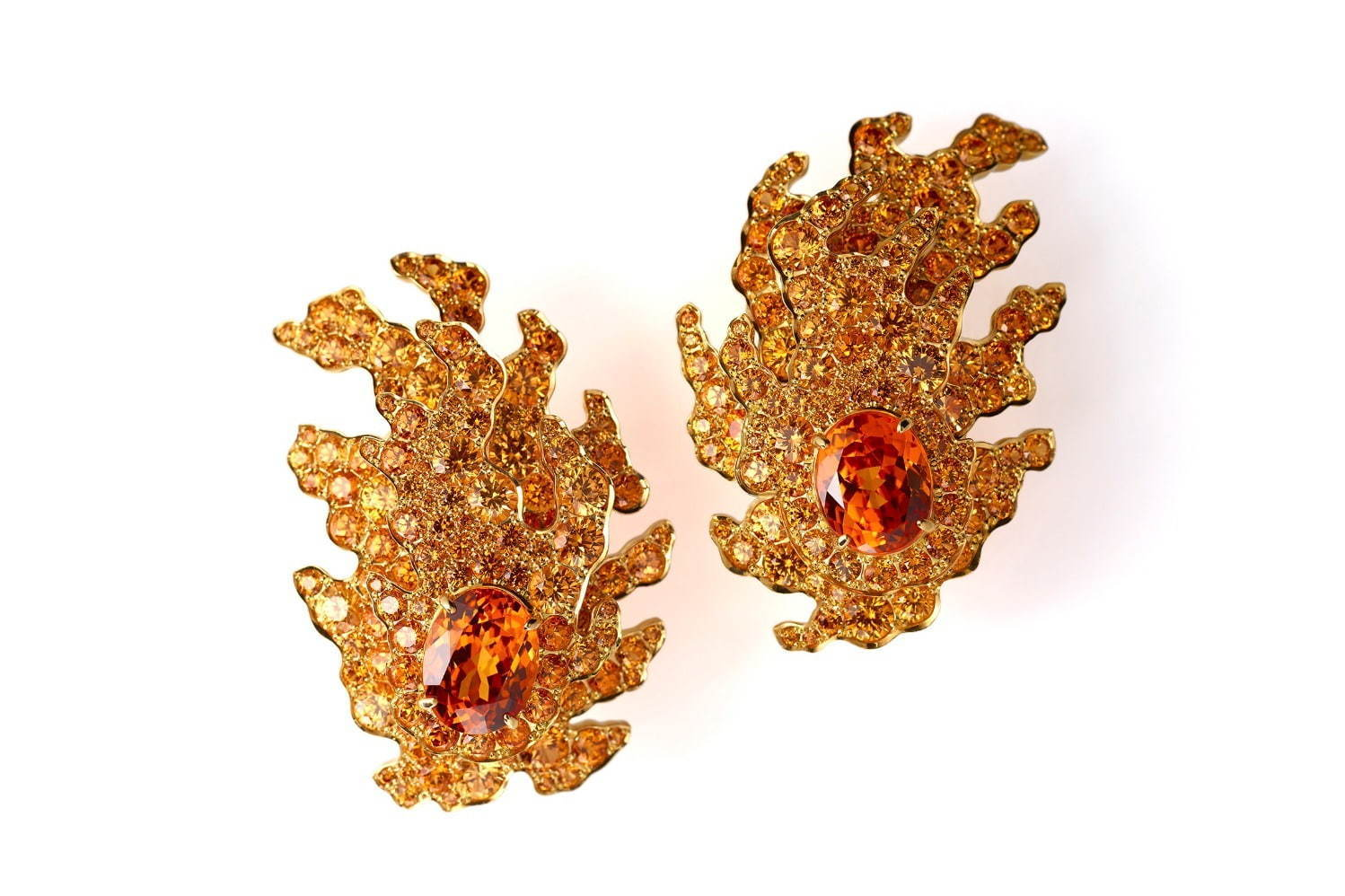 「京ノ祭」Earrings 750YG, Garnet 3,663,000円+税