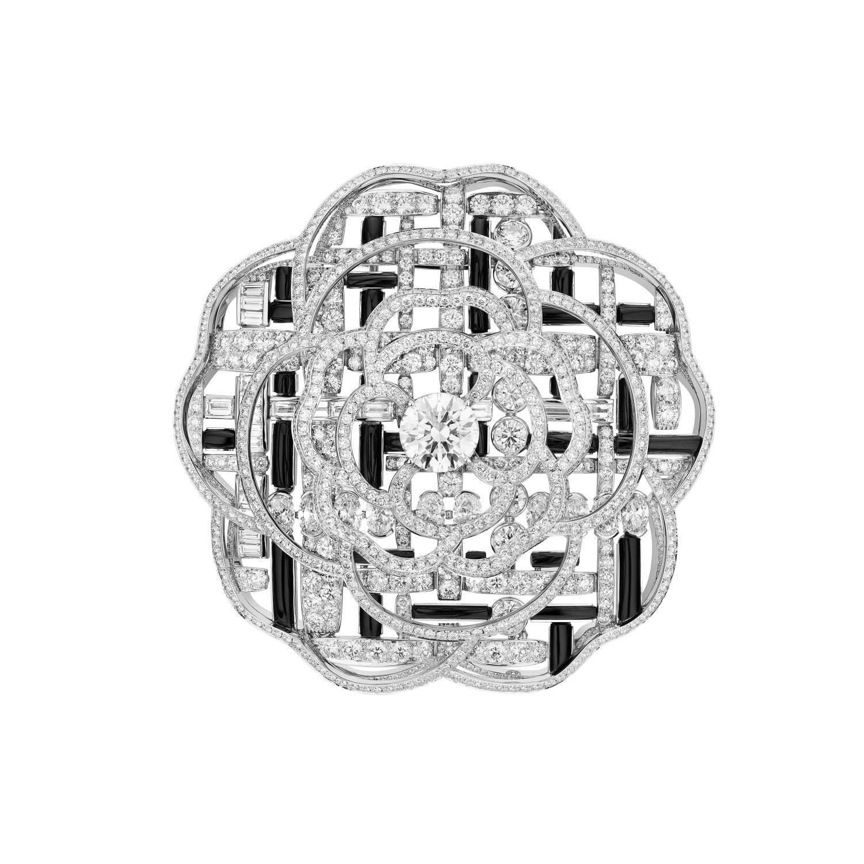 「ツイード グラフィーク」ブローチ ホワイトゴールド、オニキス、ダイヤモンド