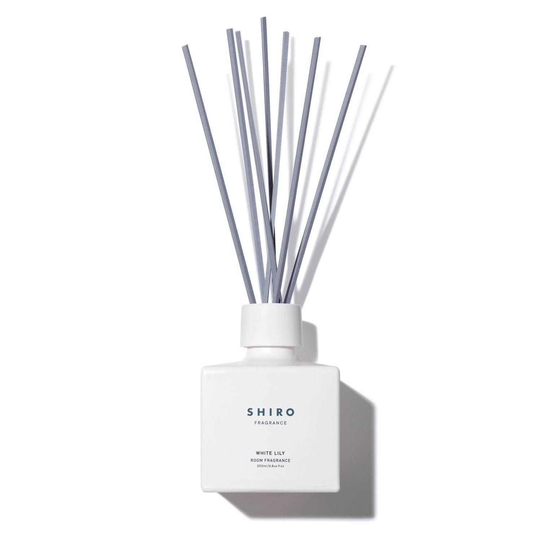リリー 香水 ホワイト