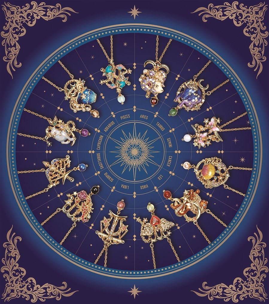 """アナ スイ""""12星座""""モチーフのネックレス、「星座石」を配した幸運を ..."""