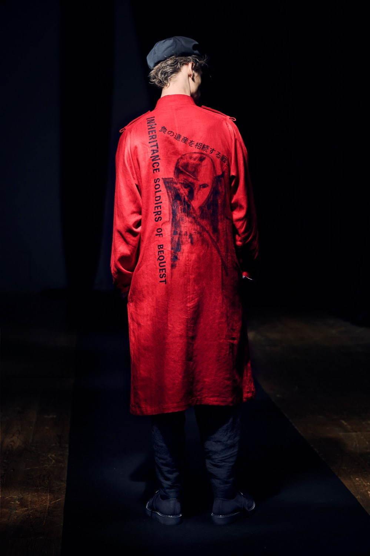 https://www.fashion-press.net/img/news/62546/yohjiyamamoto_2021SS_024.jpg