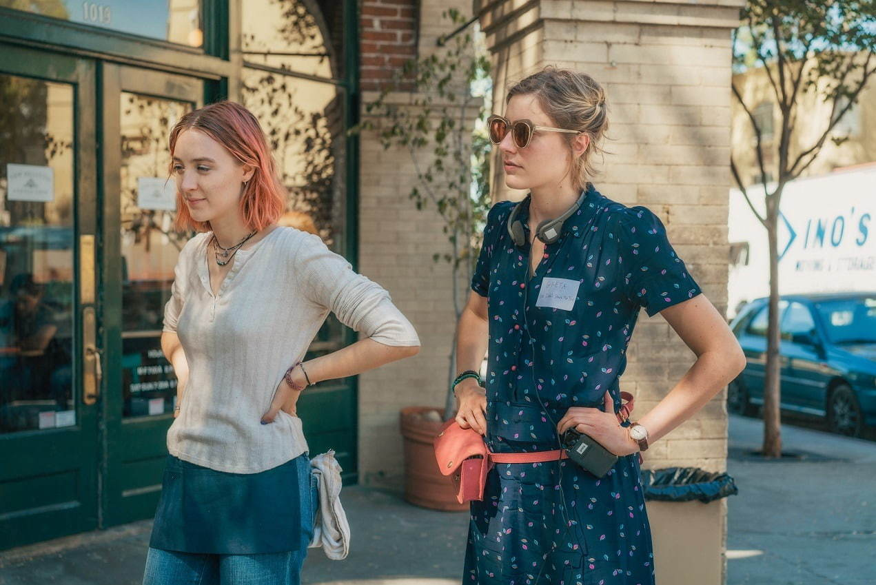 Saoirse Ronan and Greta Gerwig on the set of LADY BIRD