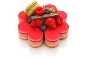 サダハル・アオキのクリスマス2020、ピスタチオ×ショコラのモミの木型ケーキ&イチゴのマカロンケーキ 画像5