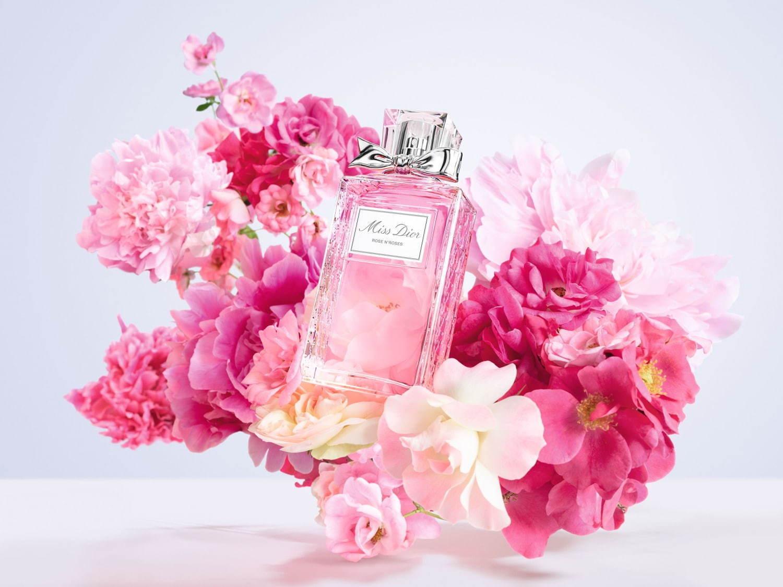 """ディオール""""バラの花束""""のようなフレグランス「ミスディオール ローズ ..."""