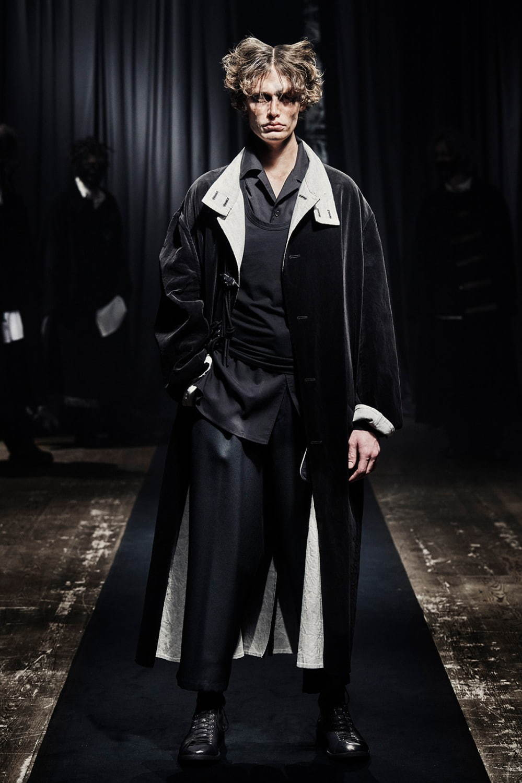 https://www.fashion-press.net/img/news/69108/yohji_21aw_men_49.jpg