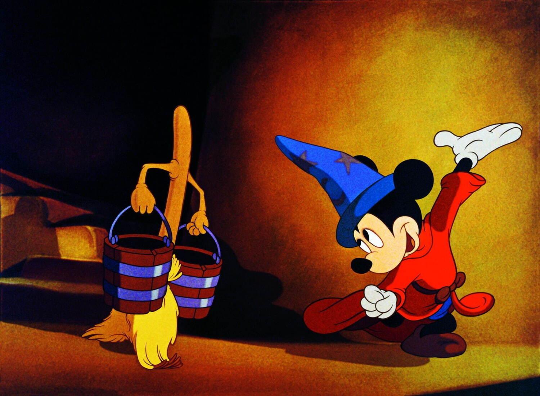 ファンタジア ©Courtesy of Disney