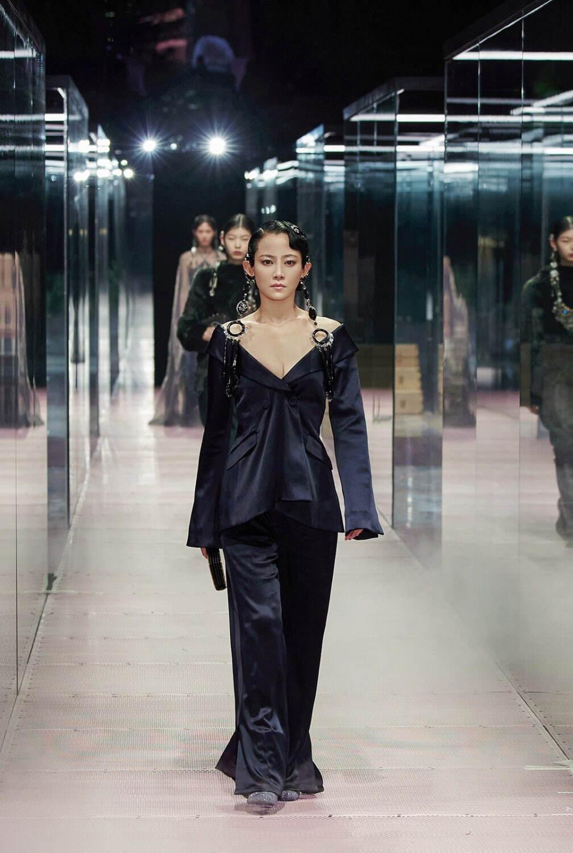 フェンディ オートクチュール(FENDI Haute Couture) 2021年春夏 ...