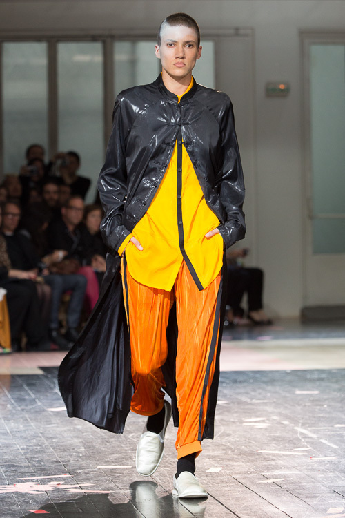 https://www.fashion-press.net/img/news/7188/yohjiyamamoto_mens_14ss_45.jpg