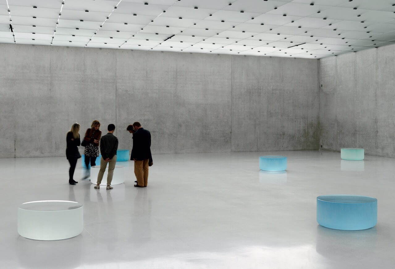 《Well and Truly》2009-2010年 10点組、鋳造ガラス 個人蔵