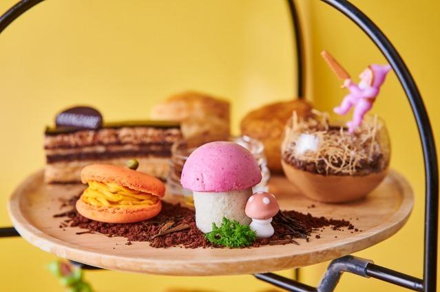 """""""秋の収穫祭""""がテーマのスイーツアフタヌーンティー、かぼちゃマカロンやりんごのチョコムース 写真2"""