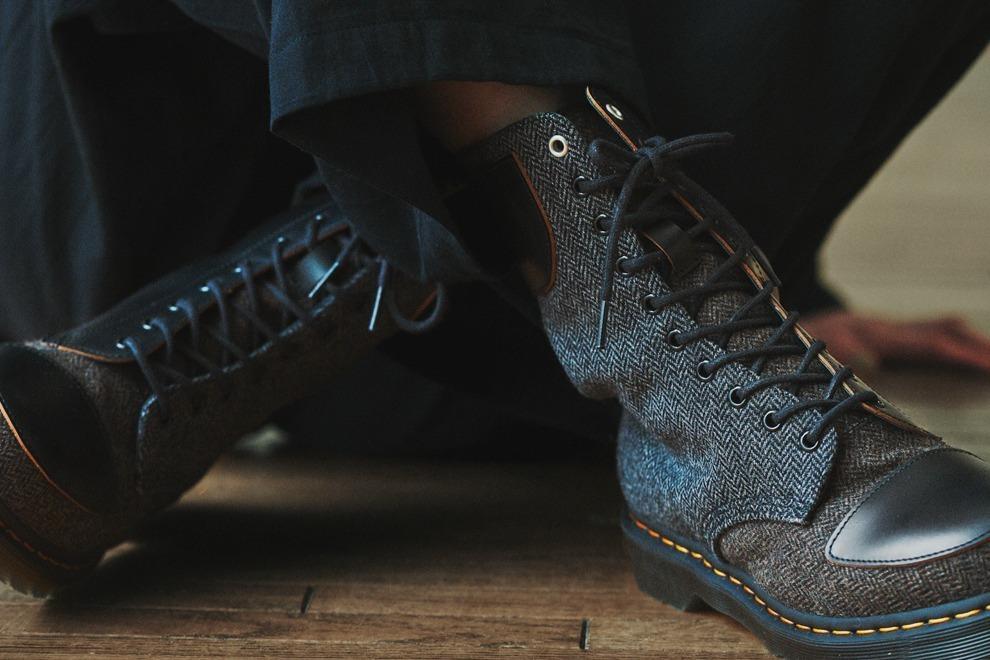 Y's×ドクターマーチンの新作ユニセックスシューズ、初の14ホールブーツや厚底チェルシーブーツ