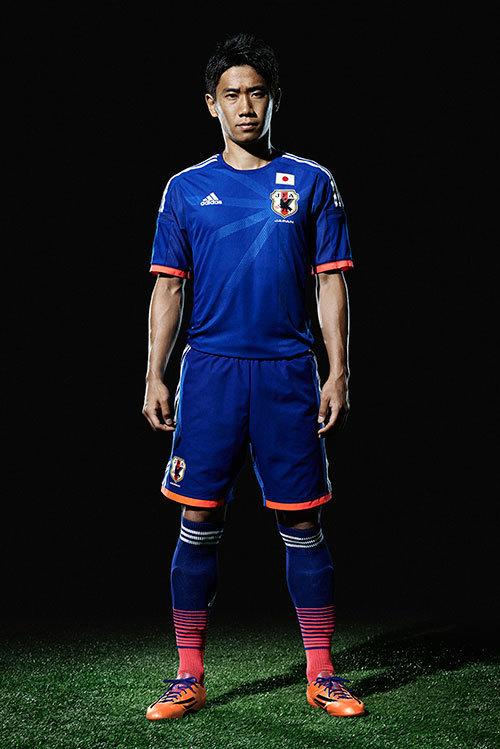 サッカー 日本 代表 ユニフォーム 歴代
