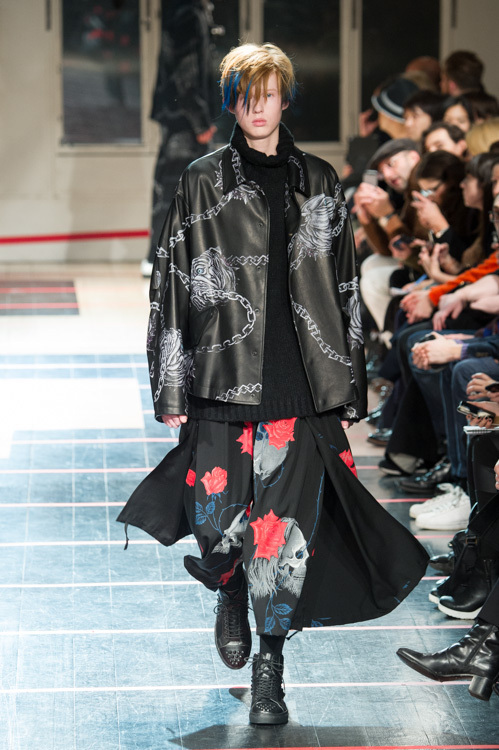https://www.fashion-press.net/img/news/9408/yohji_14aw_43.jpg
