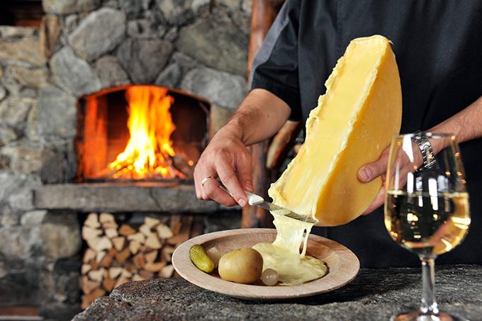 東京都心でスイスを満喫「SWISSDAYS」開催 - 絶品チーズや希少ワインが集結、ライブパフォーマンスも